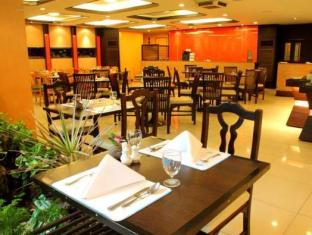 Grande Ville Hotel Бангкок - Ресторан