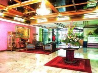 Grande Ville Hotel Bangkok - Hotellet indefra
