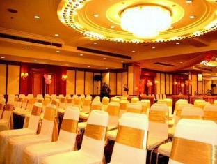 Grande Ville Hotel Bangkok - Dansesal