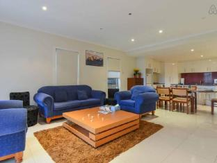 3 Bedroom Townhouse Boutique Accommodation