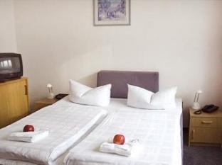 Berolina Airport Hotel Berlin - Guest Room