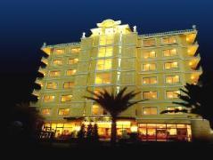 Four Seasons Place Hotel Thailand
