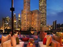 Singapore Hotel | pool side bar cloud 9 infinity pool