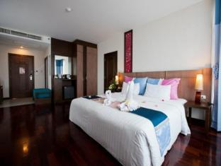 Pattaya Discovery Beach Hotel Pattaya - Deluxe Seaview