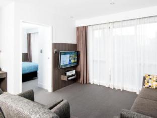 Quest Newmarket Auckland - Guest Room