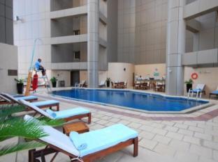 Grand Millennium Hotel Dubai Dubai - Swimming Pool