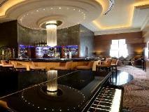 Grand Millennium Hotel Dubai: pub/lounge