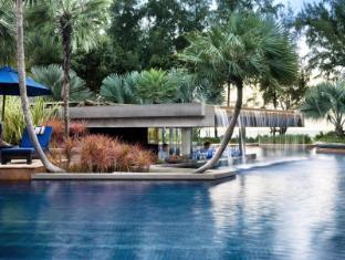 JW Marriott Phuket Resort & Spa Phuket - Swim Up Bar