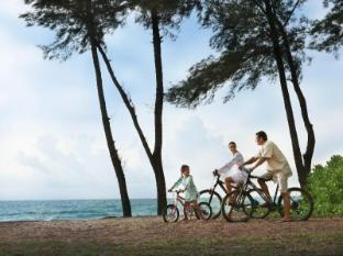 JW Marriott Phuket Resort & Spa Phuket - Family Biking