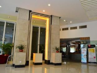 /days-inn-frontier-shaoguan/hotel/shaoguan-cn.html?asq=jGXBHFvRg5Z51Emf%2fbXG4w%3d%3d