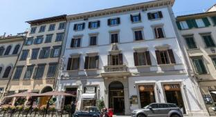 /florence-dome-hotel/hotel/florence-it.html?asq=jGXBHFvRg5Z51Emf%2fbXG4w%3d%3d