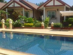 /maneerat-resort/hotel/surin-th.html?asq=jGXBHFvRg5Z51Emf%2fbXG4w%3d%3d