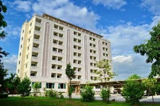 /larrivee/hotel/samut-prakan-th.html?asq=jGXBHFvRg5Z51Emf%2fbXG4w%3d%3d