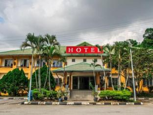 Highway Hotel Bukit Merah By Macktz Comfort Inn