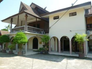 /desa-permai-rest-house/hotel/tanah-merah-my.html?asq=jGXBHFvRg5Z51Emf%2fbXG4w%3d%3d