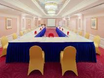 Riviera Hotel: meeting room
