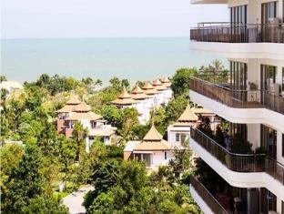 Boat House Hua-Hin