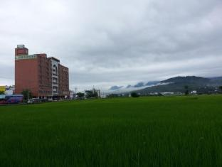 Rice Field Penthouse
