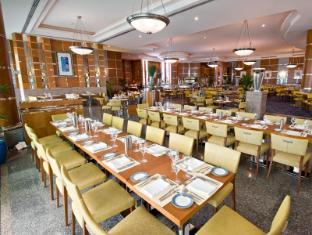 Hilton Dubai Jumeirah Resort Dubai - Restaurant