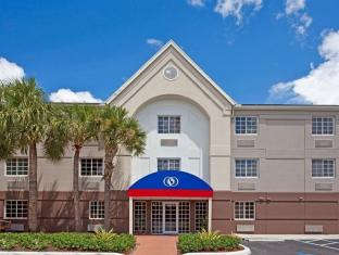 /candlewood-suites-miami-airport-west/hotel/miami-fl-us.html?asq=jGXBHFvRg5Z51Emf%2fbXG4w%3d%3d