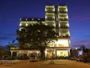 /sv-se/jazz-hotel/hotel/da-nang-vn.html?asq=m%2fbyhfkMbKpCH%2fFCE136qSopdc6RL%2ba1sb1rSv4j%2bvNQRQzkapKc9zUg3j70I6Ua