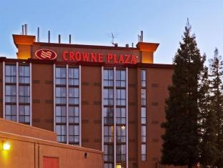 /crowne-plaza-sacramento-northeast-hotel/hotel/sacramento-ca-us.html?asq=jGXBHFvRg5Z51Emf%2fbXG4w%3d%3d