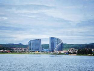 /howard-johnson-city-of-flower-hotel-kunming/hotel/kunming-cn.html?asq=jGXBHFvRg5Z51Emf%2fbXG4w%3d%3d