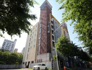 /hu-hu/elysee-hotel/hotel/gwangju-metropolitan-city-kr.html?asq=3o5FGEL%2f%2fVllJHcoLqvjMMOuOcvBCWsd56%2fYkuqFK5uolM%2fz7FhBP0or4Fph3Hsh