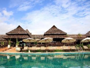 Phu Pai Art Resort Pai - Swimming Pool