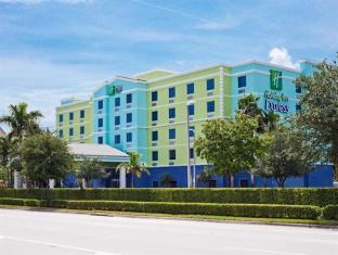 Holiday Inn Express Hotel & Suites Fort Lauderdale Airport/Cruise
