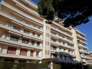 Apartment L Armorial II