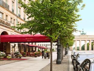 Hotel Adlon Kempinski Берлін - Зовнішній вид готелю