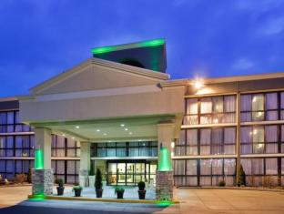 Holiday Inn Kansas City Ne I 435 North Hotel
