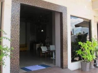 Rome Place Hotel Phuket - Entrance