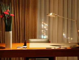 San Want Residences Taipei Taipei - Spacious Office Desk