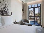 Habitació de luxe amb vista a la piscina