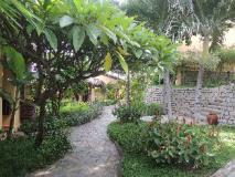 Vietnam Hotel Accommodation Cheap | garden