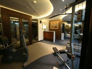 Crown Regency Hotel Makati Manila - Fitness Room