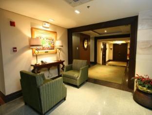 Crown Regency Hotel Makati Manila - Lobby