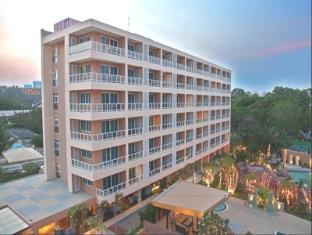 노바 플래티넘 호텔