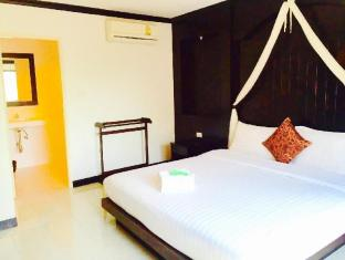 The Bird Cage Patong Guesthouse Hotel Пхукет - Номер