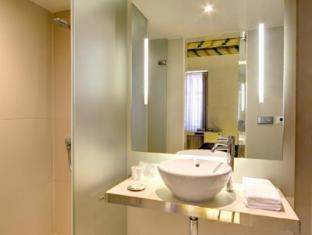 Hotel Three Storks Prague - Bathroom