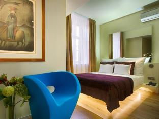 Hotel Three Storks Prague - Guest Room