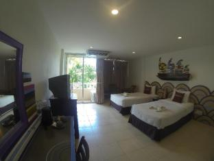 Karon Living Room Hotel Phuket - Deluxe King