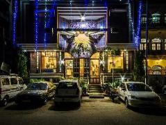 The Suncourt Hotel Yatri India