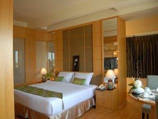 Chakungrao Riverview Hotel Kamphaengphet - Junior Suite