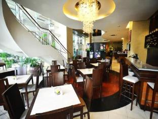 Lancaster Hotel Manila Manila - Food and Beverages