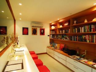 La Flora Resort Patong Phuket - Hotel Innenbereich