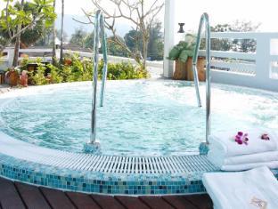 Rayaburi Hotel Patong Phuket - Palvelut