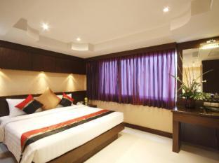 Rayaburi Hotel Patong Phūketa - Istaba viesiem